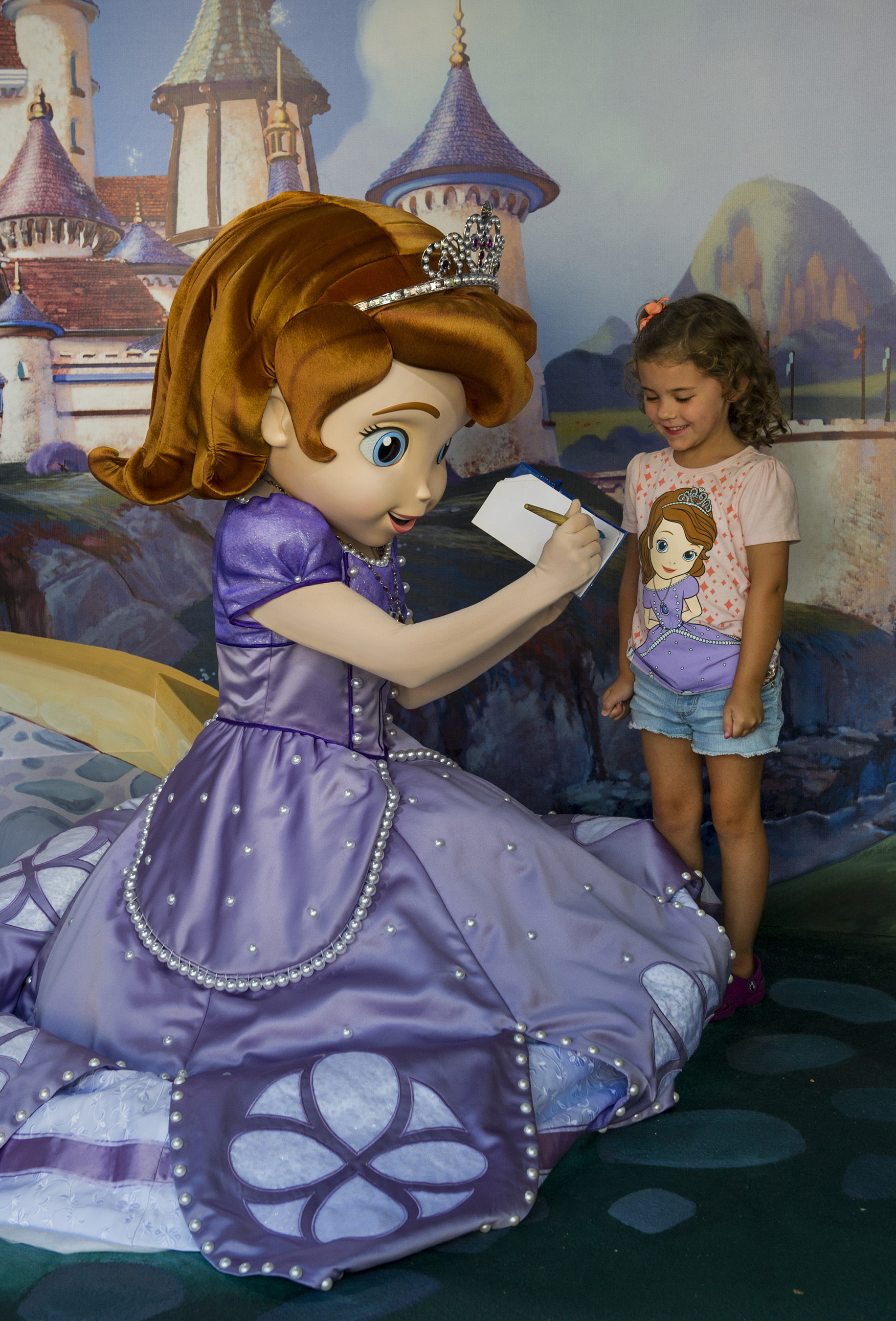 Where to Meet all the Walt Disney World Princesses, a guide featured by top US Disney blogger, Marcie and the Mouse: Disney Junior fans will love meeting Sofia the First at Walt Disney World