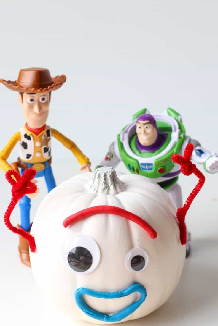 The Best 15 Disney No Carve Pumpkin Ideas featured by top US Disney blog, Marcie and the Mouse: Toy Story Forky Pumpkin Idea