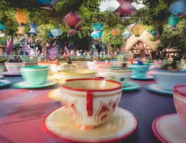 How Many Days Do you Need at Disneyland? Tips featured by top US Disney blogger, Marcie and the Mouse: How many days should you spend at Disneyland Resort in California?