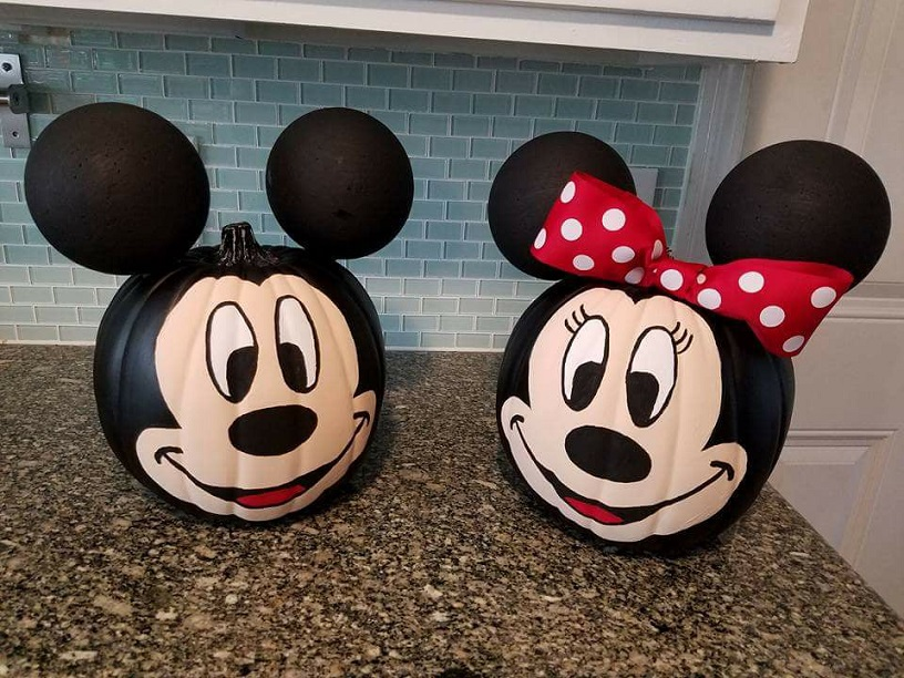 The Best 15 Disney No Carve Pumpkin Ideas featured by top US Disney blog, Marcie and the Mouse: Minnie and Mickey no carve Pumpkins
