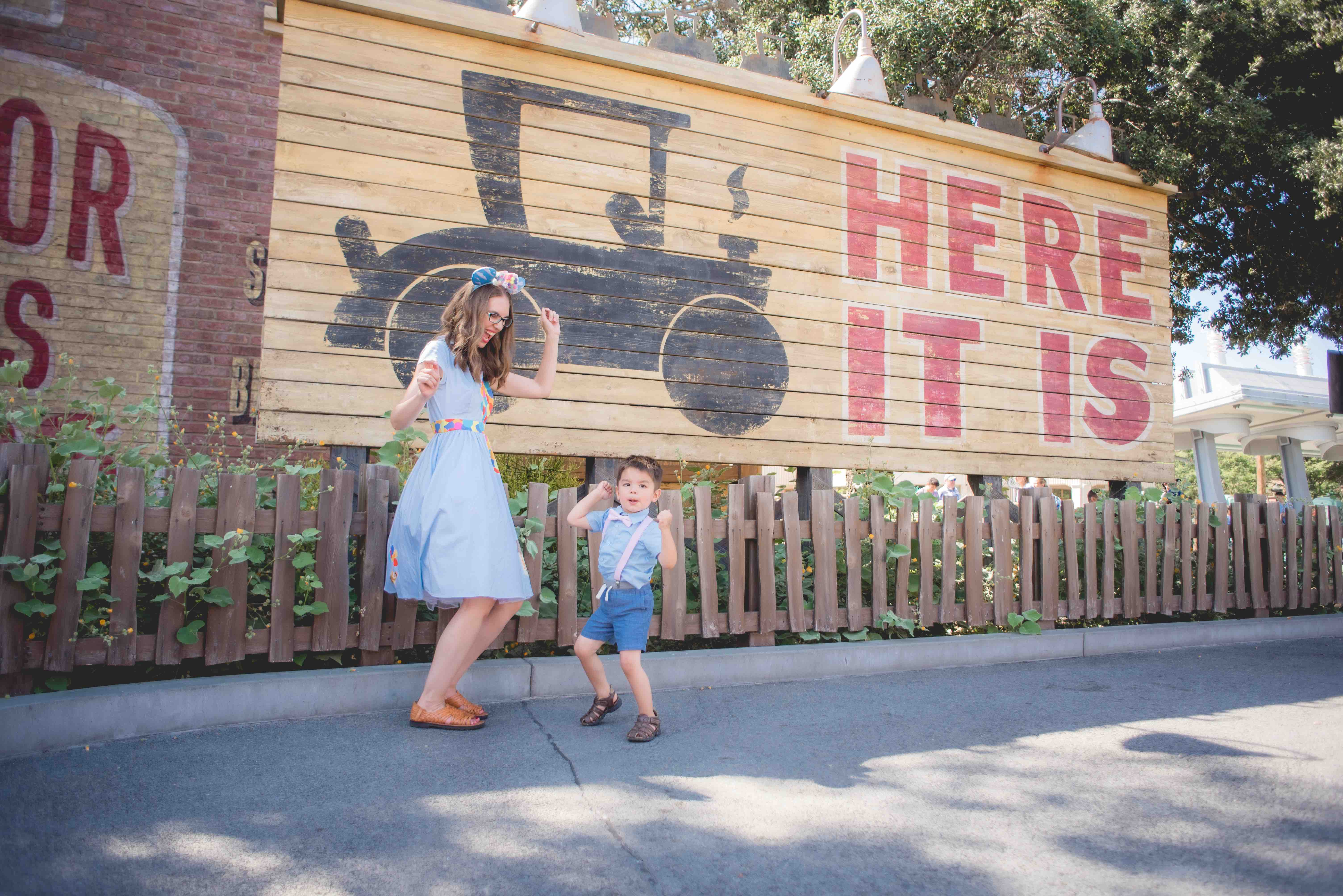 How to Do Disneyland with Toddlers, tips and itinerary featured by top US Disney blogger, Marcie and the Mouse | Take advantage of Magic Mornings and Early Magic Hours at Disneyland