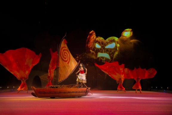 Disney on Ice: Mickey's Search Party show featured by top US Disney blogger, Marcie and the Mouse | Disney on Ice: Mickey's Search Party features a Moana performance