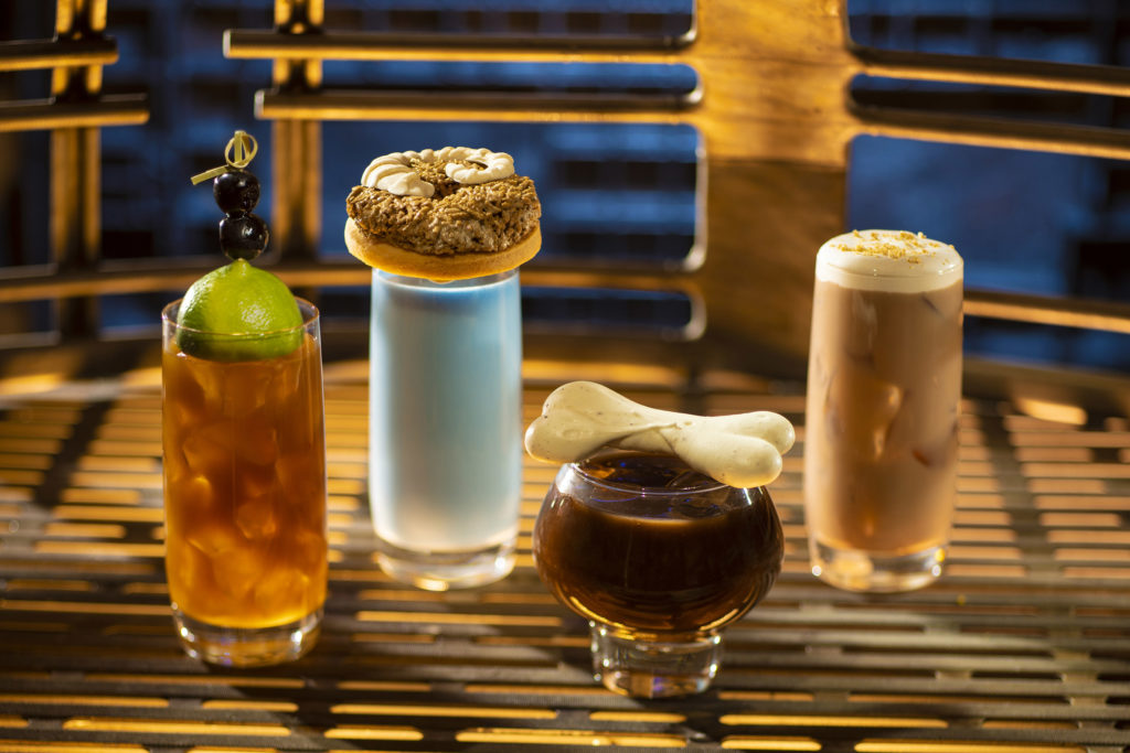 Best Disneyland breakfast featured by top US Disney blogger, Marcie and the Mouse: Breakfast beverages at Oga's Cantina at Star Wars: Galaxy's Edge in Disneyland