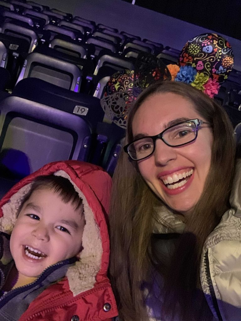 Disney on Ice: Mickey's Search Party show featured by top US Disney blogger, Marcie and the Mouse | Quick selfie before Disney on Ice: Mickey's Search Party