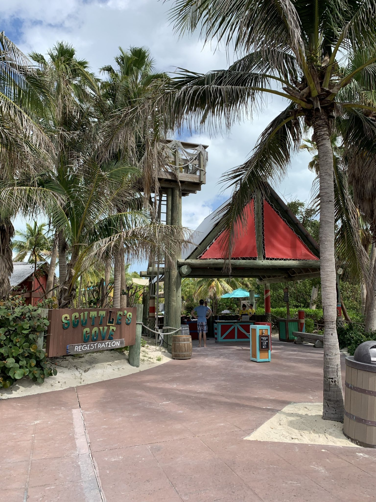 Castaway Cay Activities: a Complete Guide to Beaches and Events featured by top US Disney blogger, Marcie and the Mouse: Scuttle's Cove kids club regstration at Castaway Cay